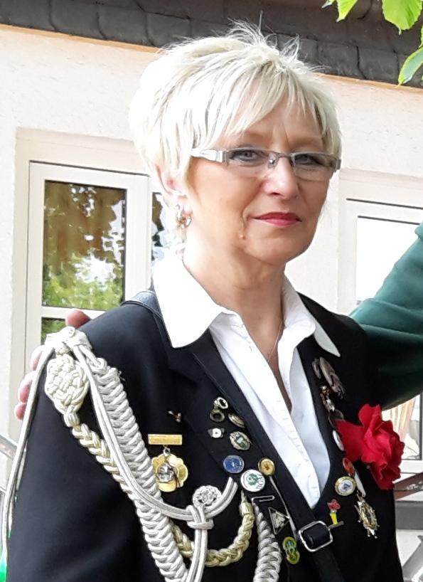 Frauen auf Partnersuche in Huslingen von SexyChica bis rosi24